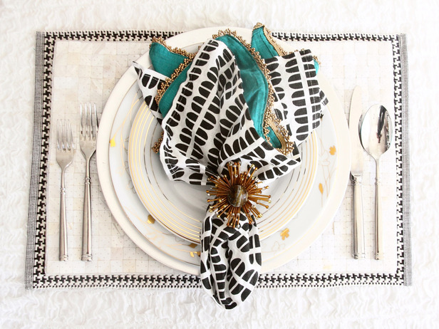 place setting teal