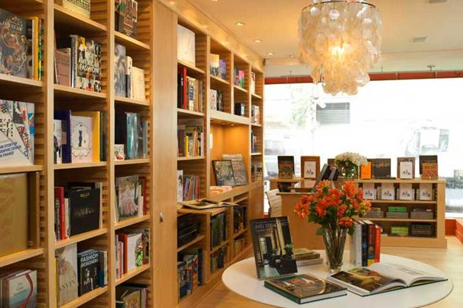 bookstore interiors decorating w books design indulgences