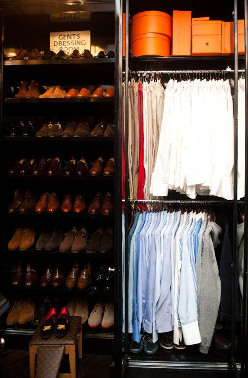 Spring Cleaning: Color Coordinating your closet… – Design ...
