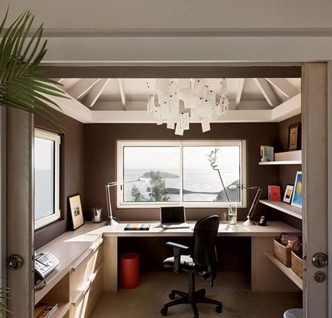 Tuesday s tips use floating shelves cabinets to create for Small home office layout ideas