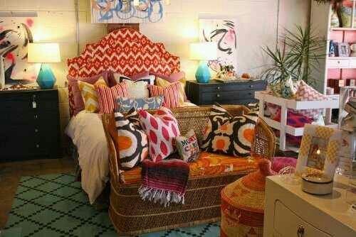 wpid-wpid-suzy-q-better-decorating-bible-blog-ideas-summer-decorating-floral-ikat-leopard-animal-print-tangerine-orange-white-cream-blue-watermelon-pink-asian-style-chairs-rug-patterns-colo-5.jpeg