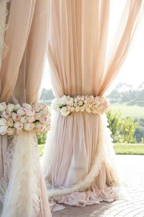 Indulge daily pretty way to decorate a gazebo for for Pretty wedding decorations