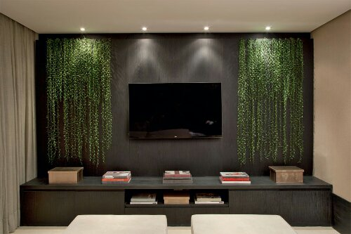 Indulge Daily 82613 Sleek Design And Pretty Greenery To Anchor