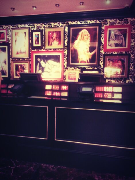 Victoria S Secret Is Such A Sexy Store By The Design Alone
