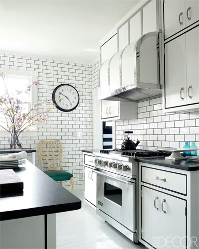White Kitchen Tiles Grey Grout: Usually I Dislike White Subway Tile With Black Grout But