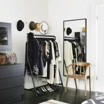 Tuesday S Tips Not Enough Closet Space Display The Best On Garment Racks