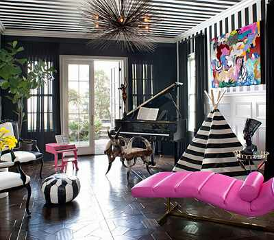 Celeb homes kourtney kardashian design indulgences Kourtney kardashian living room curtains