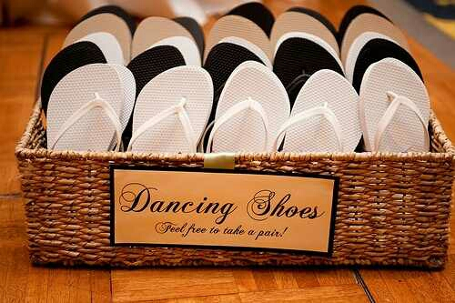 Practical Wedding Favors Guests Will Actually Use