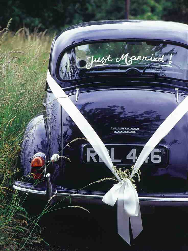 wedding getaway car decorating ideas design indulgences. Black Bedroom Furniture Sets. Home Design Ideas