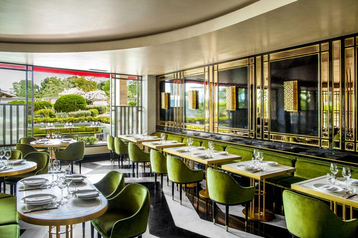 Restaurant interior design eg