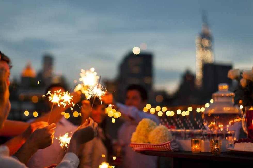 wpid-4th-of-july-sparklers.jpg